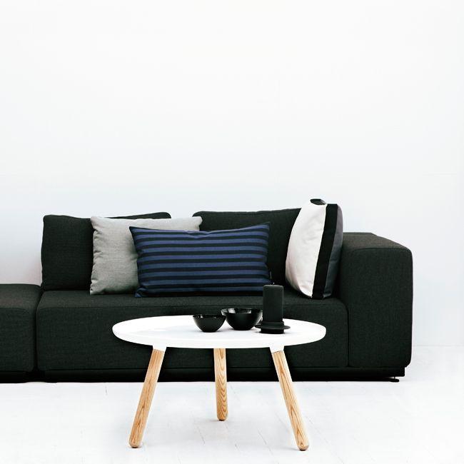 nordicthink tablo tables normann copenhagen. Black Bedroom Furniture Sets. Home Design Ideas