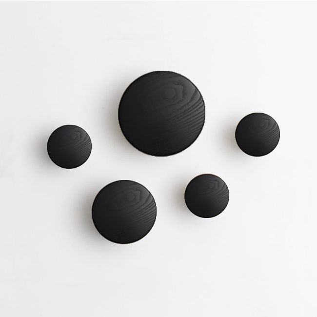 nordicthink the dots set hangers muuto. Black Bedroom Furniture Sets. Home Design Ideas
