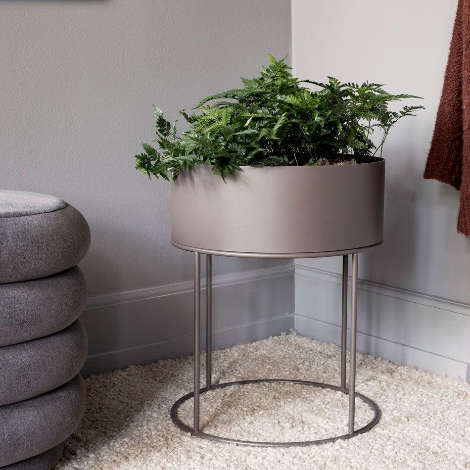 nordicthink plant box round ferm living. Black Bedroom Furniture Sets. Home Design Ideas